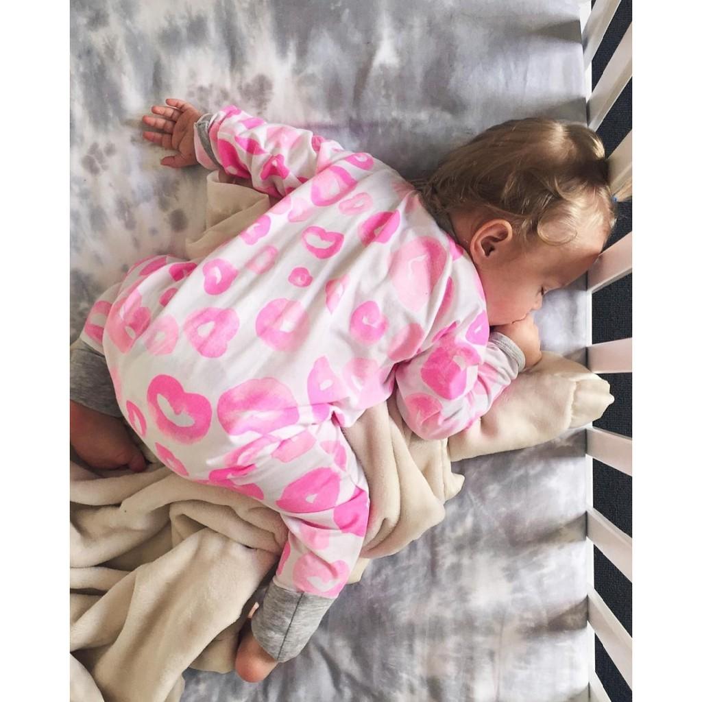 ~Effie s ~ins 粉色圈圈 拉鍊連身衣兔裝爬服
