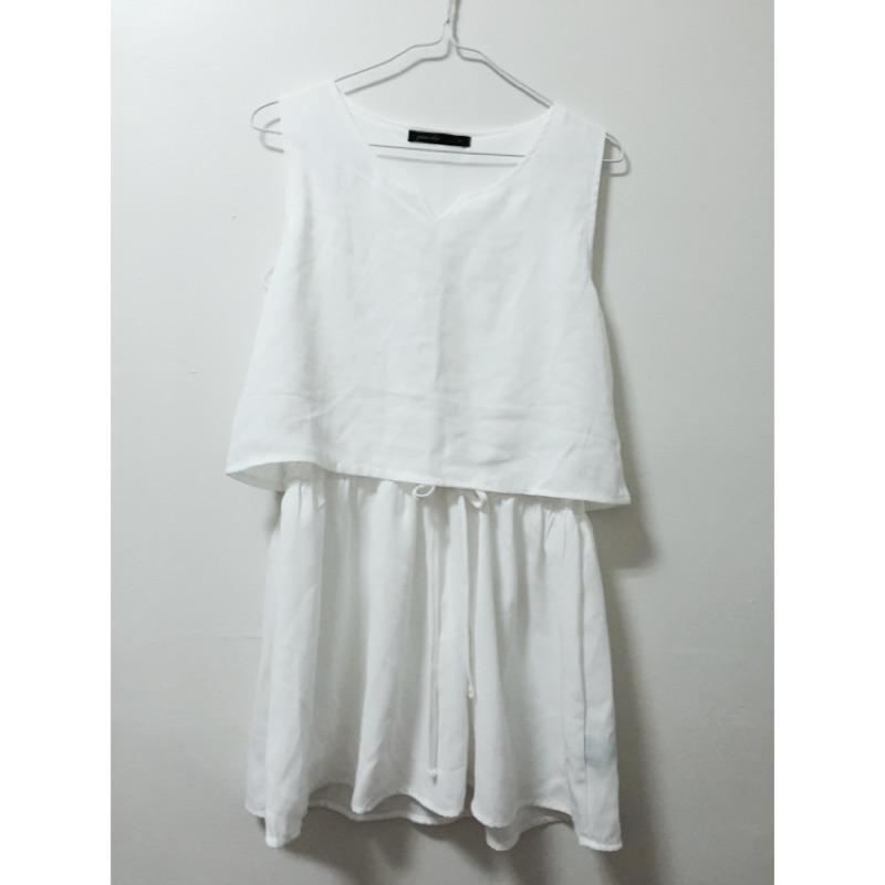 白色綁帶腰身洋裝