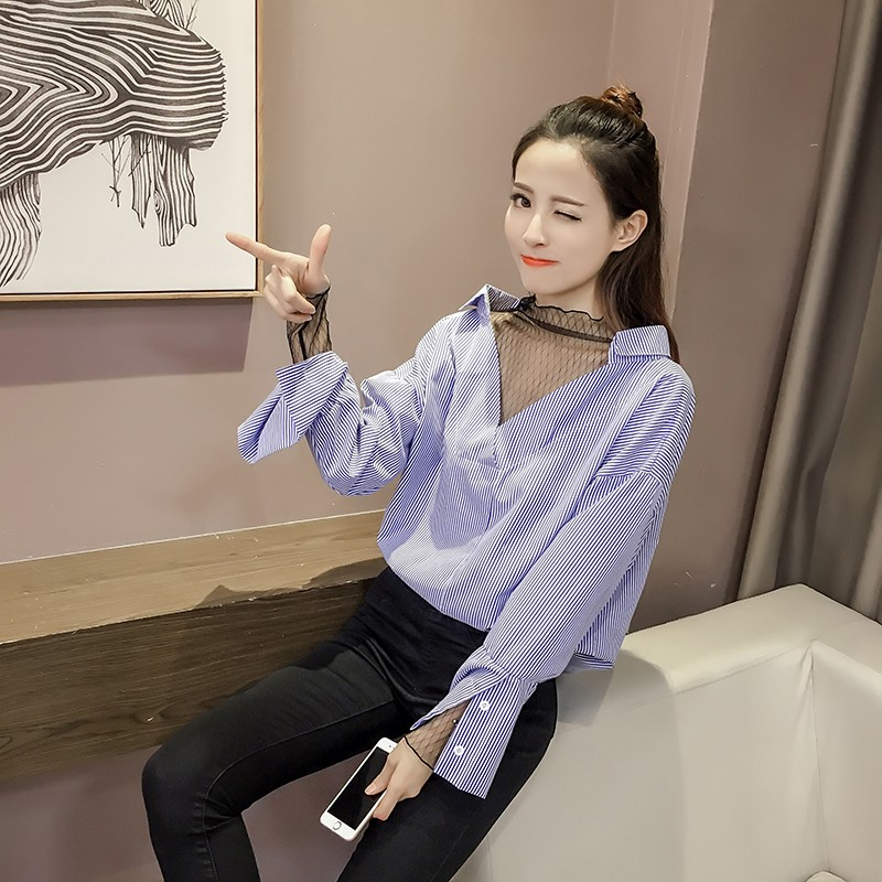 Xing ~ 實拍~實拍2017  寬松V 領 感透視紗網拼接假兩件襯衫女