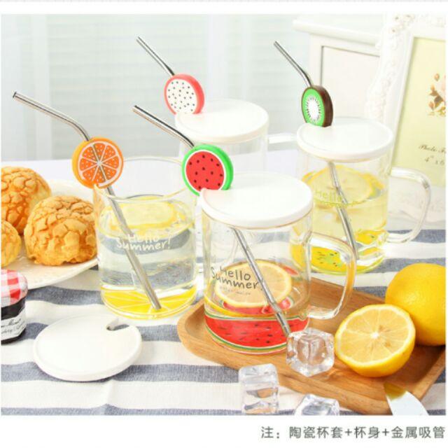 韓國 帶蓋附吸管水果玻璃水杯,尺寸:杯身11 4 杯口8 ,杯底7 8 ,款式:火龍果,柳