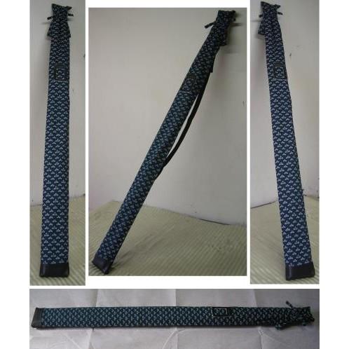 濟武有背帶菖蒲染布刀袋可裝120cm 長的兵器單刀袋180 元雙刀袋250 元深藍色