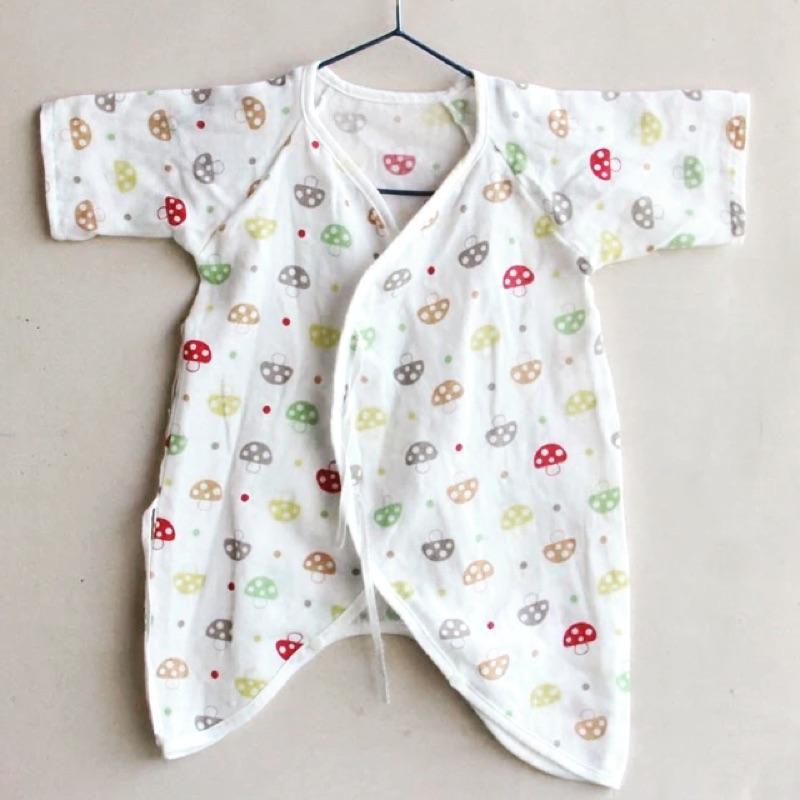 蜜麻補貨到 款新生兒蘑菇紗布衣連身衣蝴蝶衣和尚衣Hoppetta