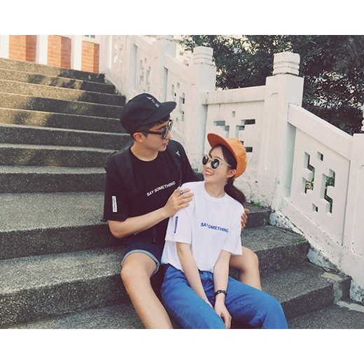 P 018 韓國原宿黑白英文字母BF 風男女情侶T 恤情侶裝