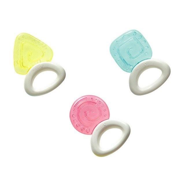 愛嬰寶 PIGEON  貝親 冰涼固齒器 牙膠玩具 ~ 3個月以上~ ~幾何圖型~