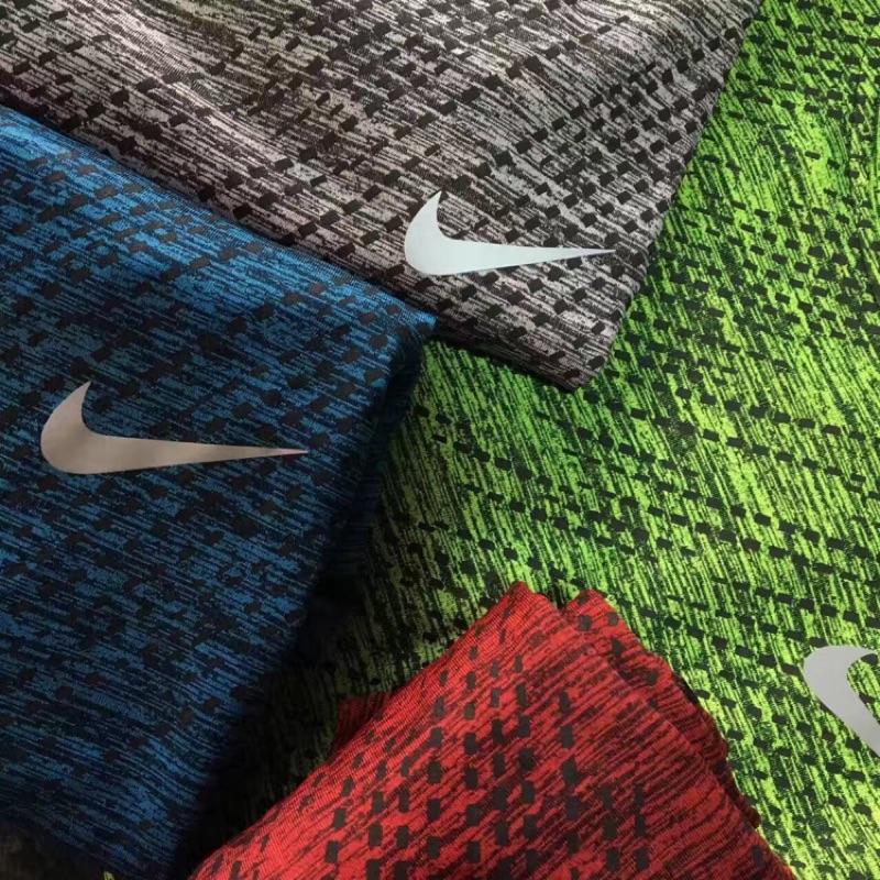 不用等Nike 速乾DRI FIT 彈性排汗速乾機能衣 衣慢跑衣健身衣非Ua Adidas