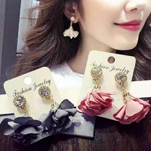 築夢e 飾界 ,韓國版浪漫春天女人味花朵 ,百搭約會款, 價