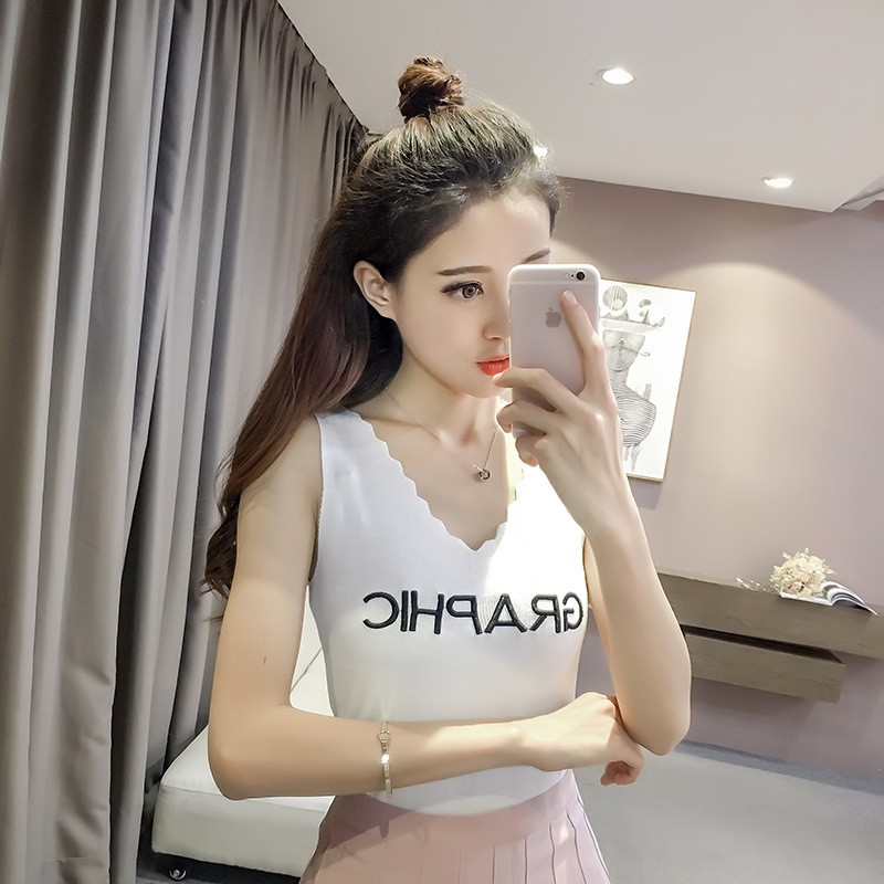 ❤ 極速發貨❤2017  正韓洋裝女生大碼衣著 夏學院風百搭修身性感波浪V 領無袖針織衫字