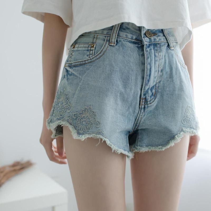韓國學院風複古花朵刺繡顯瘦水洗波浪邊闊腿高腰牛仔短褲熱褲