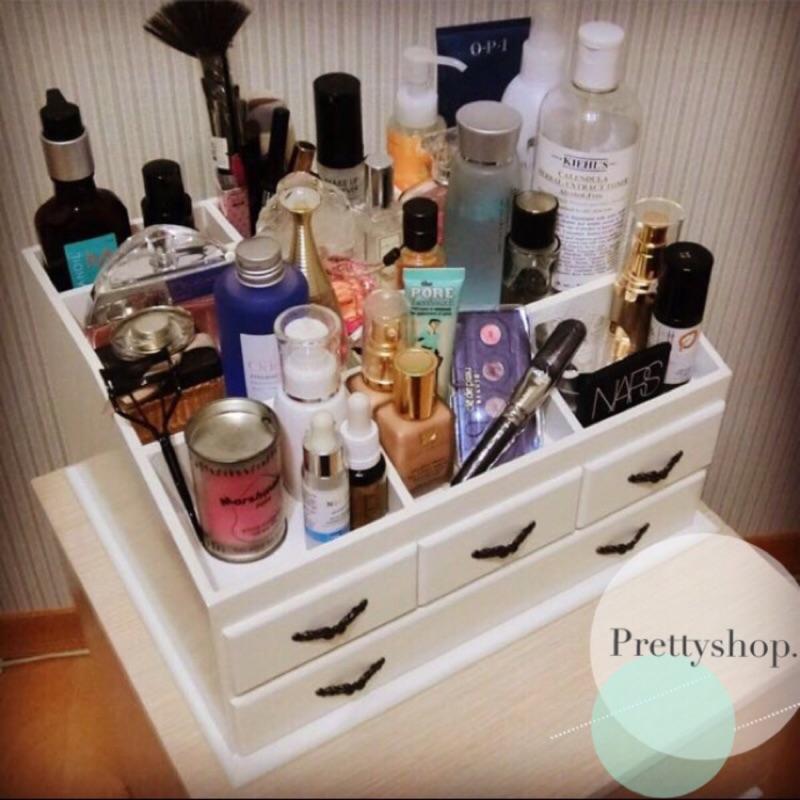 實拍化妝品收納盒保養品