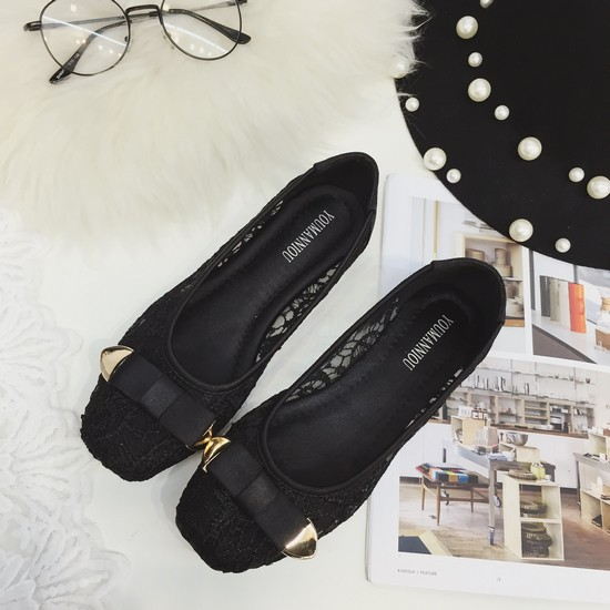 MCM HM 款 氣質甜美小香龐克風百搭好穿平底方頭淺口英倫學院風性感蕾絲簍空娃娃鞋孕婦鞋