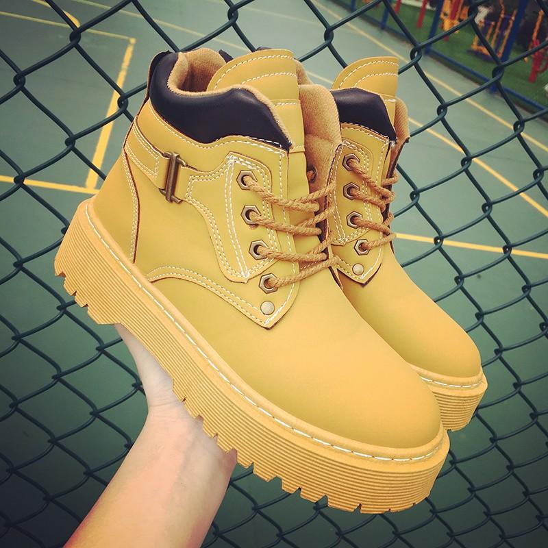 原宿風 布洛克英倫風復古平底馬丁靴學院風女鞋短靴女靴子