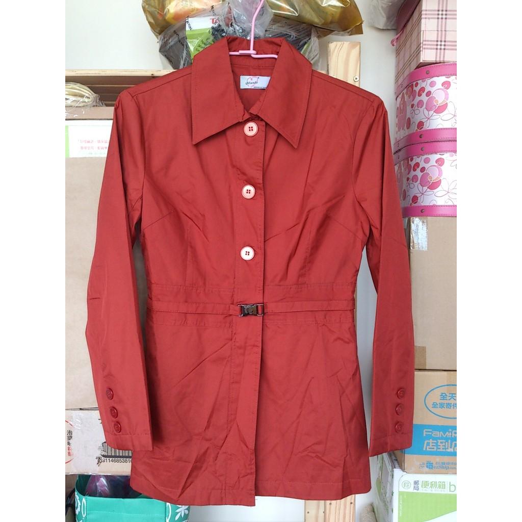 暗橘紅色長袖有領風衣 上衣有腰帶可顯瘦顯腰身