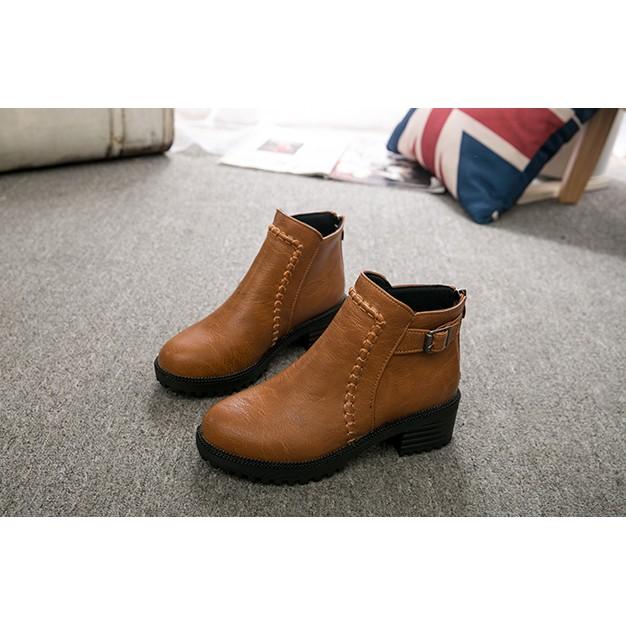 英倫復古粗跟短靴女防水台厚底女靴休閒馬丁靴高跟后拉鍊短筒靴子