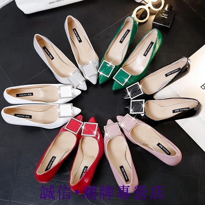 ~超底價~ 新品 黑色漆皮工作鞋單鞋細跟中跟淺口性感女鞋裸色尖頭高跟鞋婚鞋高跟鞋- -新品