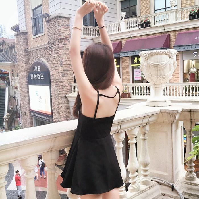 度假 小黑裙韓國 女裝氣質修身性感露背高腰無袖吊帶連衣裙
