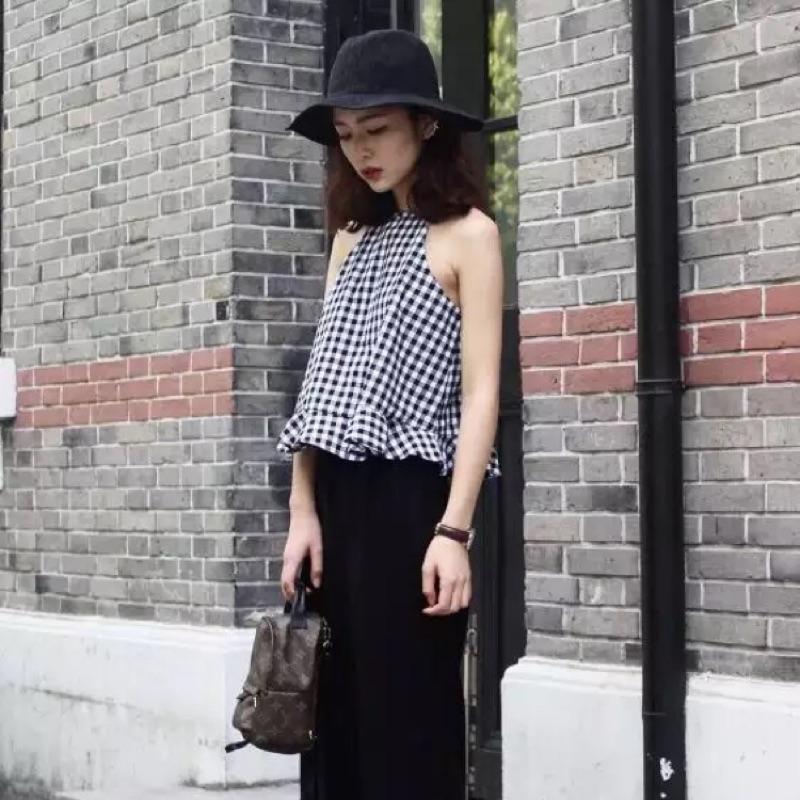 (預)韓國復古顯瘦格子荷葉邊性感露肩掛脖套頭吊帶背心