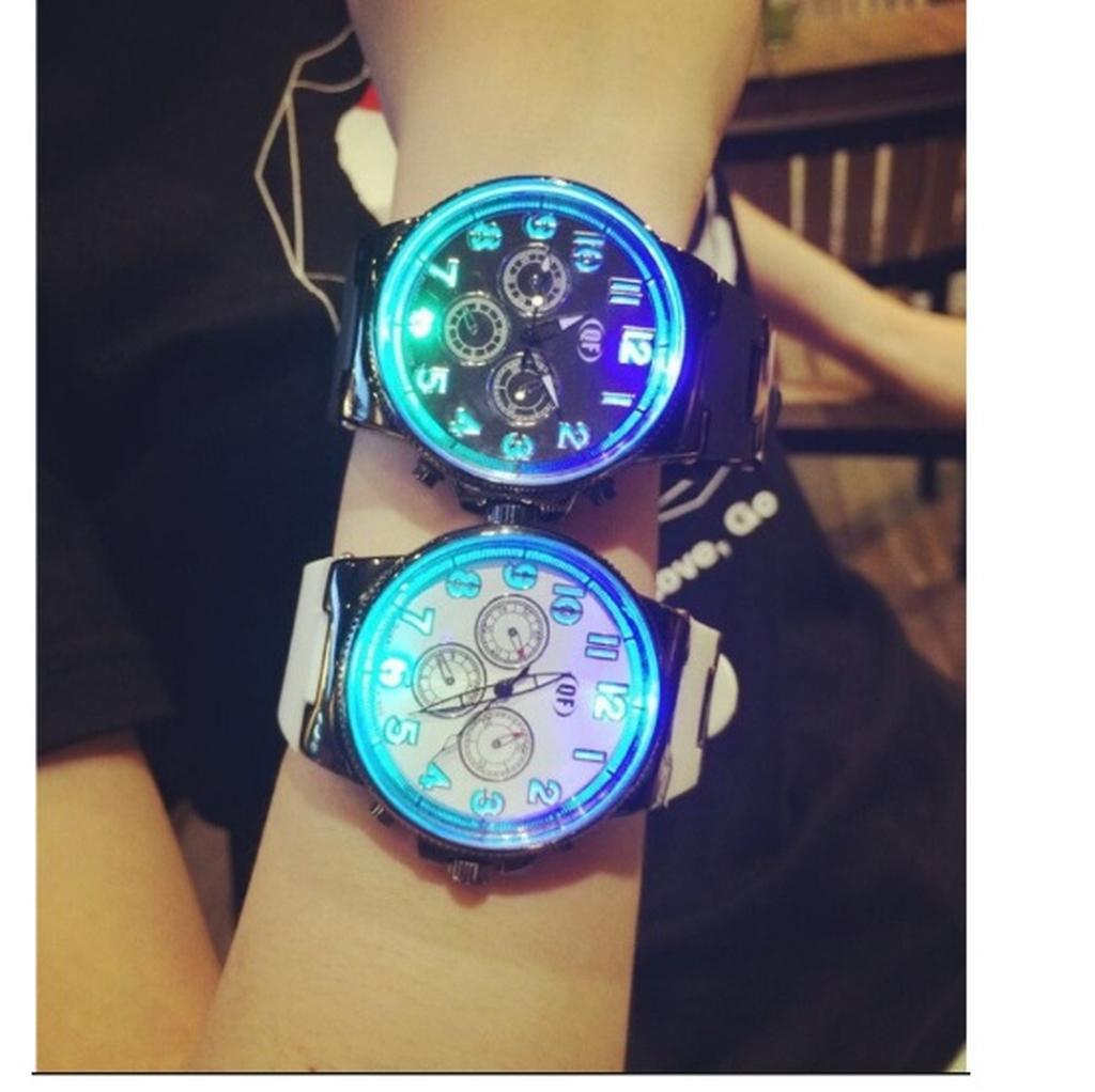 潮牌七彩燈發光女錶男表超炫夜光原宿風潮流學生手錶 情侶對錶矽膠手表 送禮