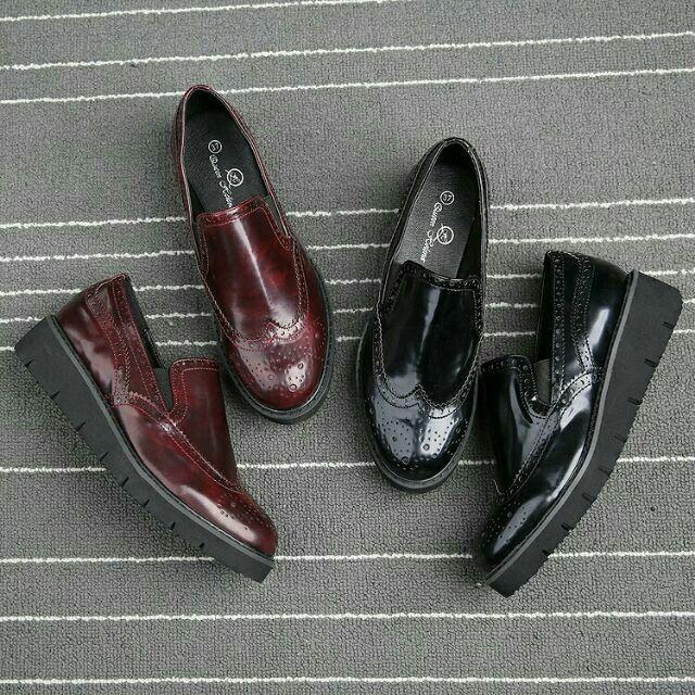大 43 義大利牛筋雕花復古綁帶平底低跟厚底圓頭鬆糕鞋樂福鞋布洛克鞋牛津鞋英倫紳士鞋亮面皮