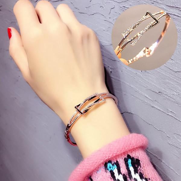 韓國 百搭交叉幾何圖形鑲鑽手鍊手環