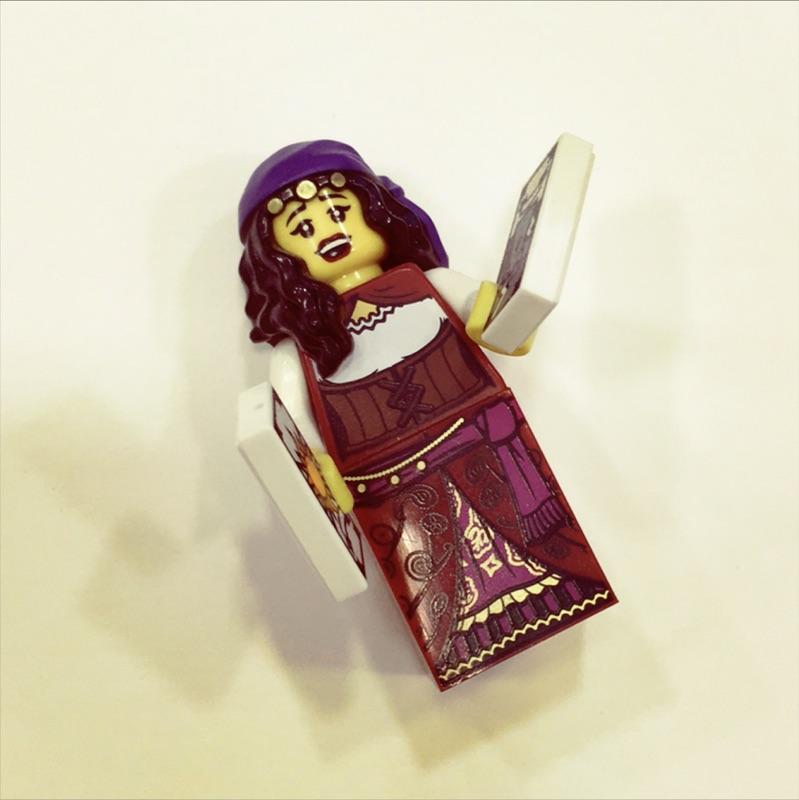 樂高LEGO 人偶包第9 代吉普塞女郎Fortune Teller 付底板