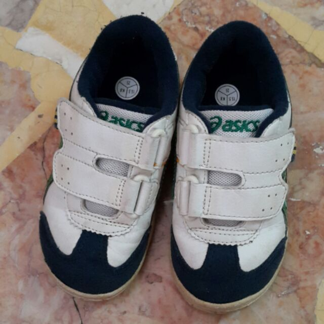 亞瑟士童鞋