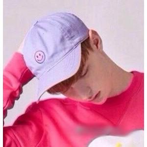 韓國 淺紫色可愛笑臉圖案刺繡 棒球帽彎帽老帽鴨舌帽高爾夫球帽子K647