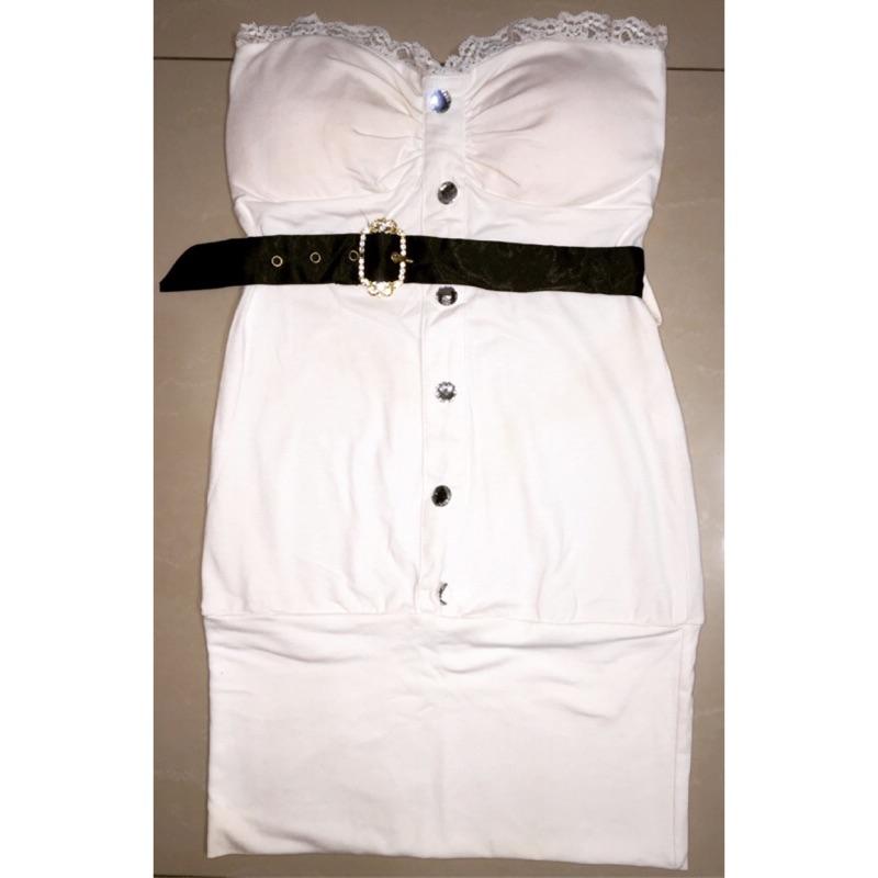 雜誌VIVI 款.蕾絲平口氣質白色洋裝有襯墊附腰帶