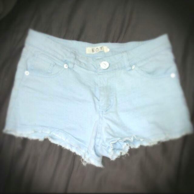 降價牛仔短褲天藍純棉彈性熱褲S M 適穿