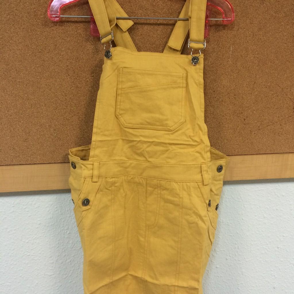 實拍 (外套洋裝韓T 3 件700 (Nini shop 中大 )後大V 字口袋牛仔吊帶裙