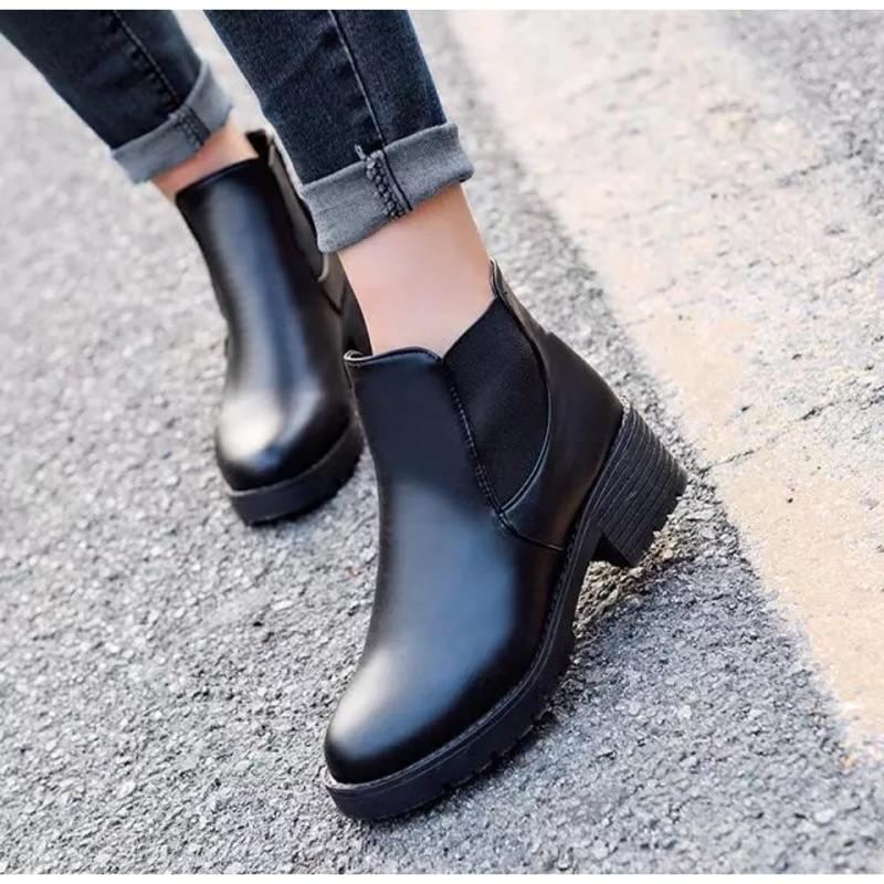 S68 ✨部分 ✨百搭英倫復古皮鞋粗跟馬丁靴短筒靴