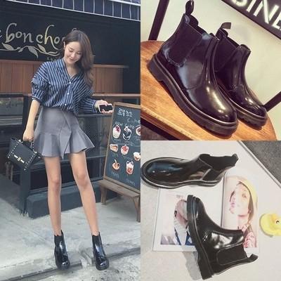 女鞋韓范春 漆皮低跟平底女靴機車馬丁靴女及裸短靴子