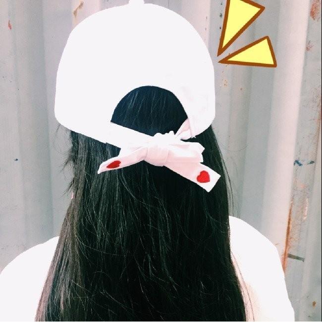 明星同款 簡約白色 風刺繡心形愛心系帶棒球帽光版帽平沿帽子K450