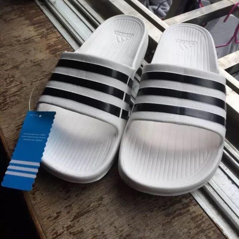 男女專屬款愛迪達adidas 拖鞋 拖鞋涼鞋防水斯伯丁排球籃球24 5 公分到30 公分
