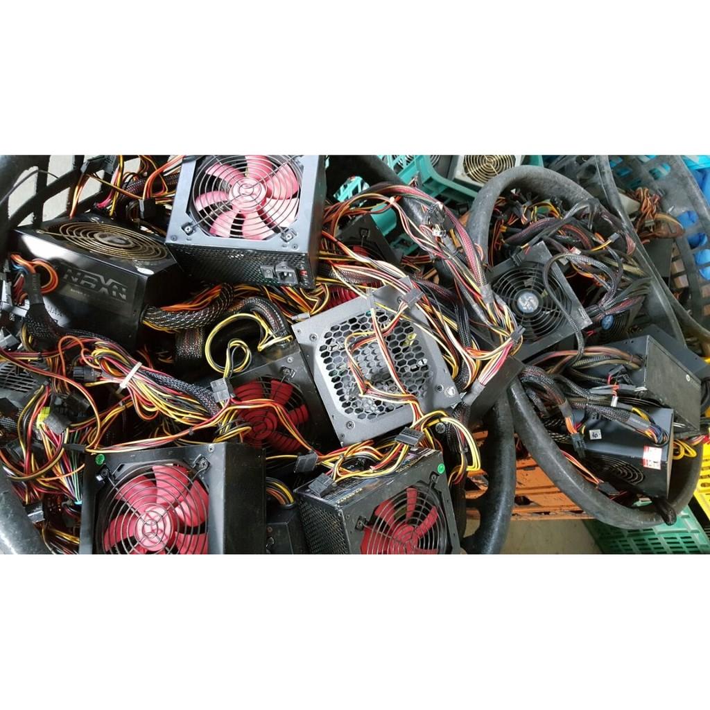 各大廠牌350W 400W 450W 500W . 出貨.12 公分大風扇.電源 器POW