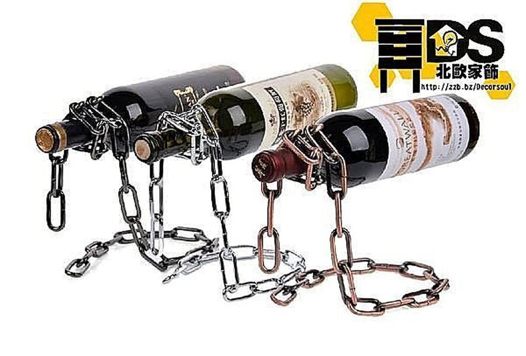 DS 北歐家飾~漂浮鐵鏈金屬金銀黑 紅酒架桌面擺飾擺件復古 奢華麗裝飾 工業風格鐵鍊LOF
