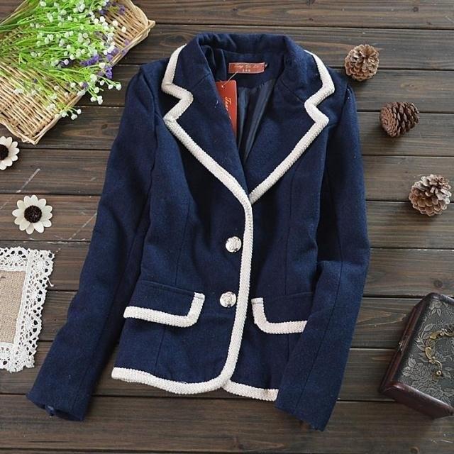 IvyBaby 復古 海軍風撞色針織車線滾邊軍領超修飾立體剪裁毛料西裝式合身短外套~ 單一