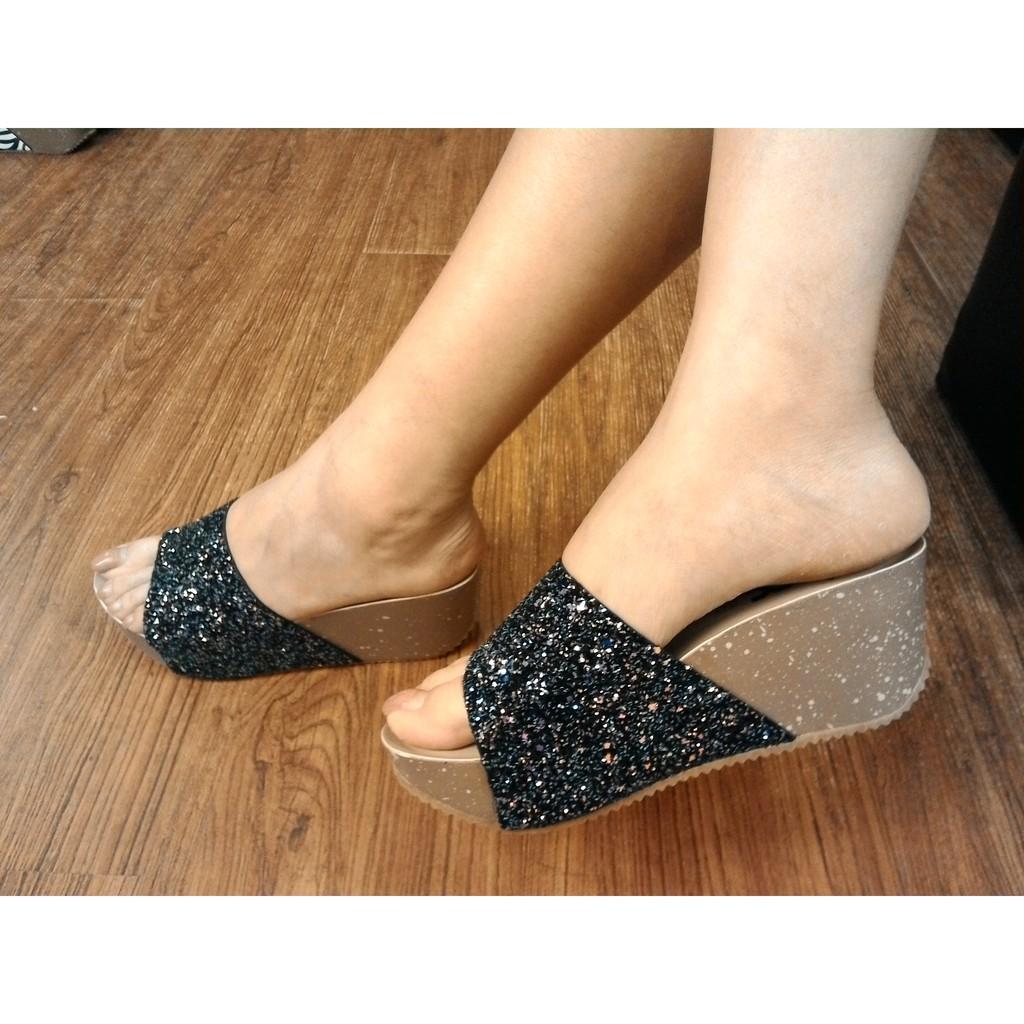 IF 美鞋 春漾繽紛閃耀 素面亮片寬版一字型軟墊鋸齒楔型厚底拖鞋 36 39 碼