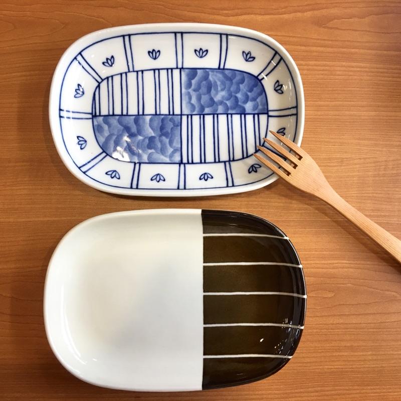 [ ]白底藍線長型器皿雙色咖啡白色長型器皿