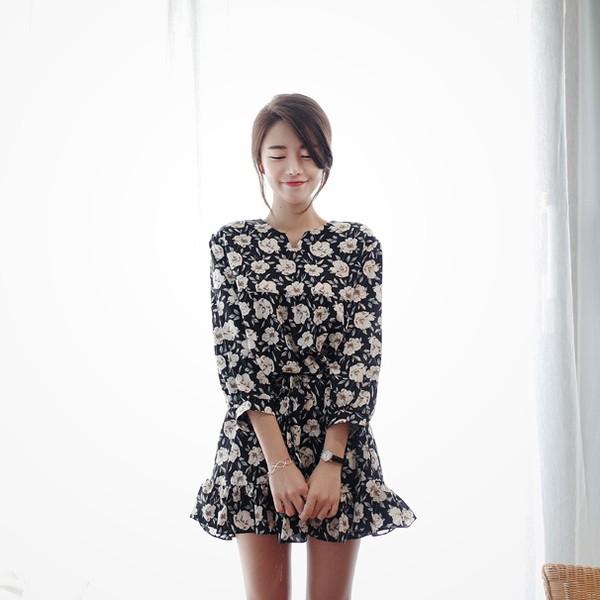 韓國洋裝甜美碎花V 領荷葉邊七分袖雪紡連身裙~050701 ~