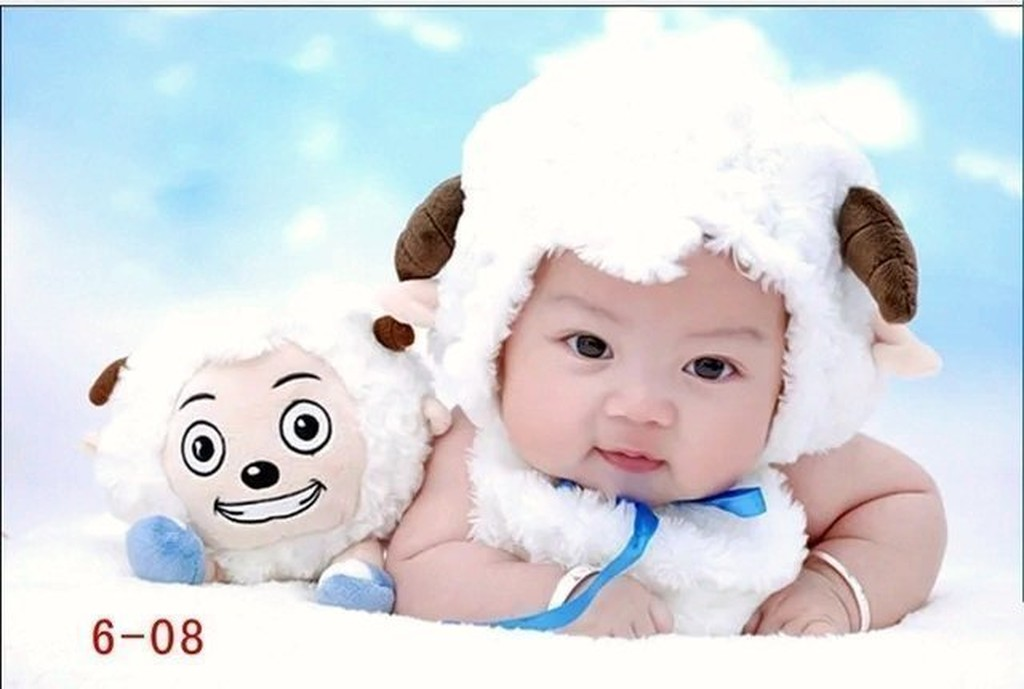 HM 嬰幼館~Q618 ~2015 羊年羊寶寶男女寶寶兒童嬰兒baby 滿月百日動物 白色