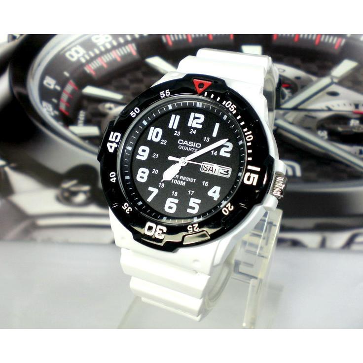 CASIO 卡西歐手錶酷炫潛水風100 米防水指針錶 品 卡西歐代理 貨 卡絕非水貨 學生