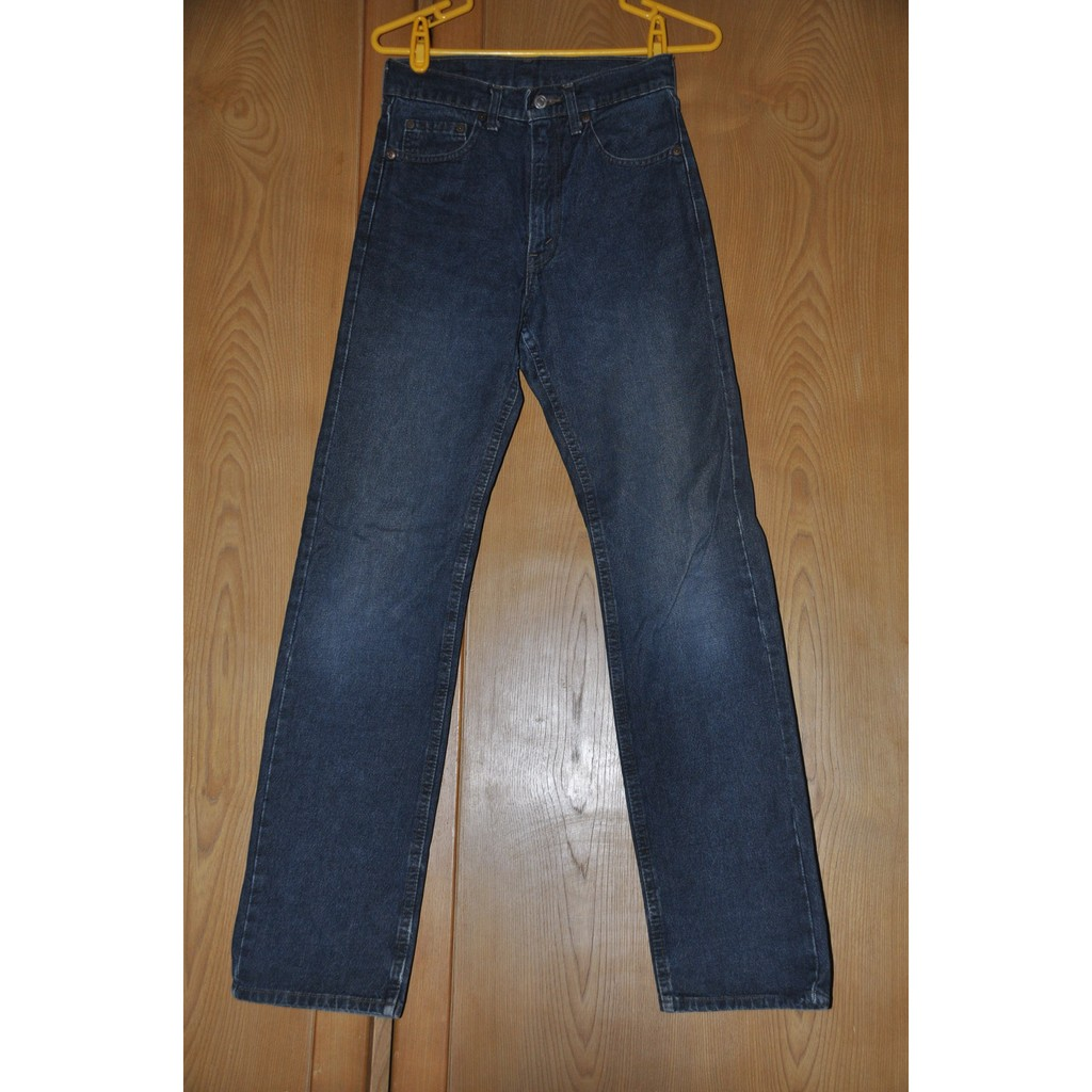 Levis 仿舊水洗修身直筒丹寧牛仔褲(M) 售350元不含運