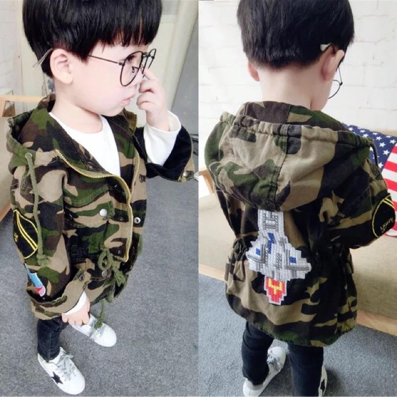 男童女童兒童寶寶小童迷彩徽章貼布火箭中長版鋪棉加厚長袖連帽外套大衣風衣抽繩