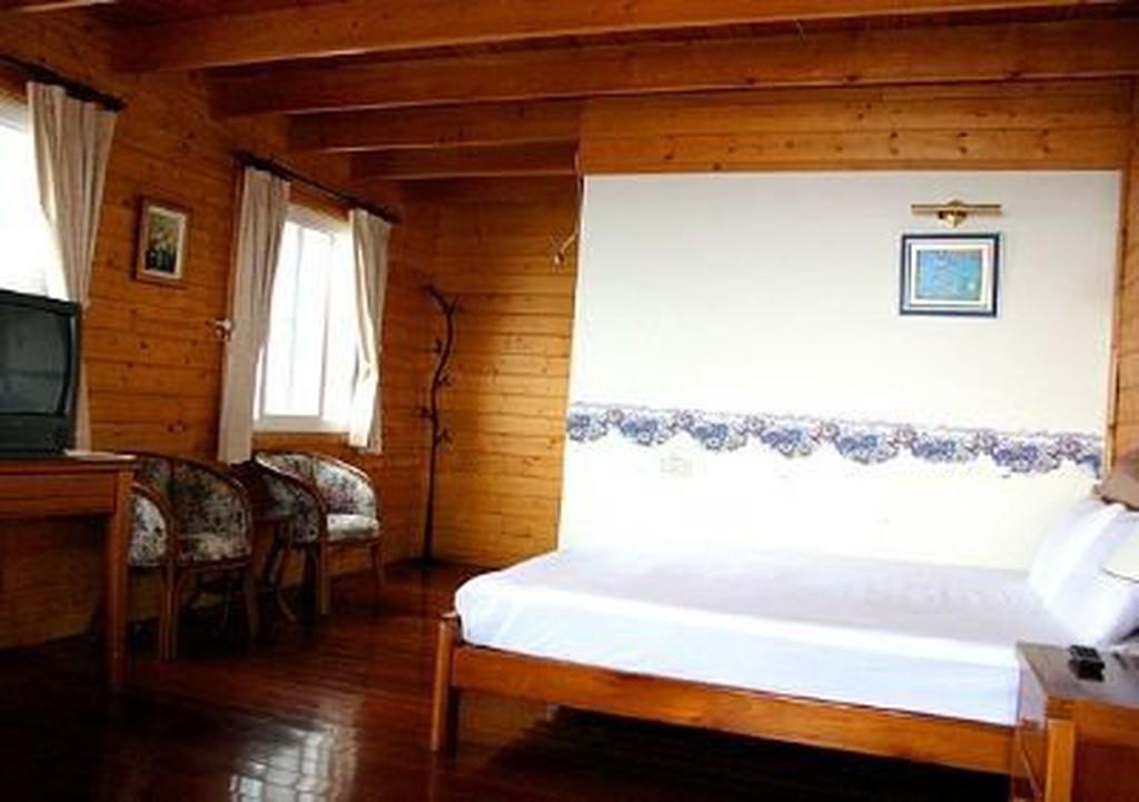 南投清境維多利亞民宿飯店憑住宿 券平日只要999 元即可入住雙人房附早餐