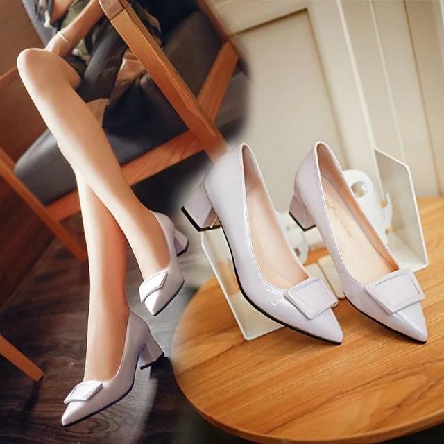 新品 方扣平底單鞋女工作鞋軟底漆皮紅色婚鞋圓頭淺口粗跟中跟女鞋高跟鞋- -新品