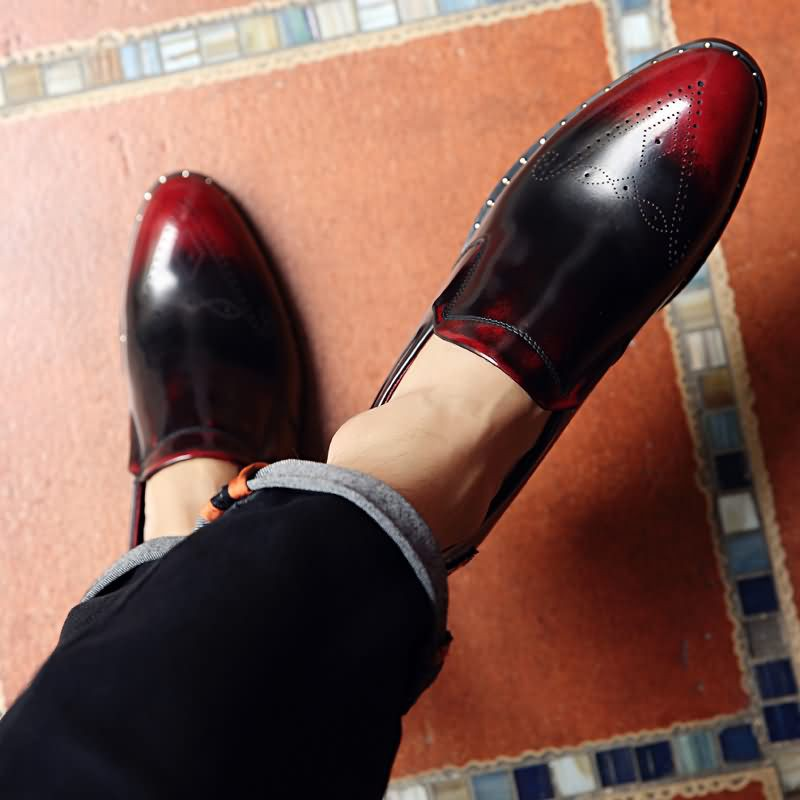 男士黑色和紅色棉面復古風格的休閒皮鞋紅色商務休閒真皮英倫系帶軟底防臭潮鞋 日常鞋