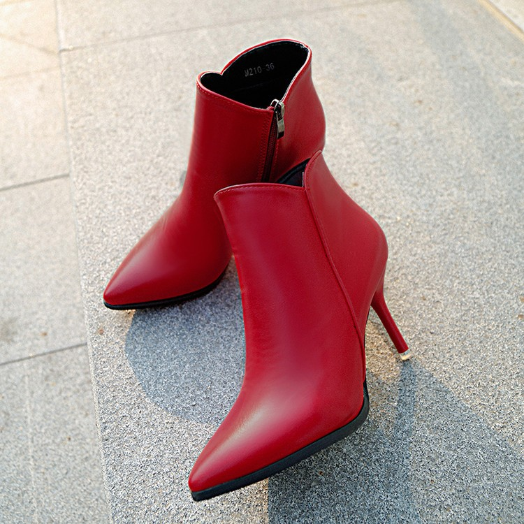 芊惠衣屋秋 高跟性感細跟馬丁靴潮女短靴側拉鏈紅色婚鞋尖頭裸靴子