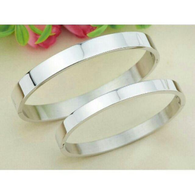 瘋飾品~素面銀色鈦鋼手環手鐲手鍊手繩戒指項鍊耳環飾品男女情侶單個價290 元C01