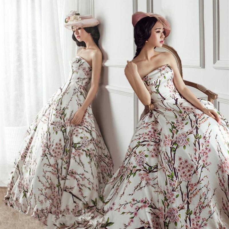 { 公主婚禮紀}影樓主題婚紗抹胸印花長裙工作室內外景寫真攝影禮服演出情侶寫真