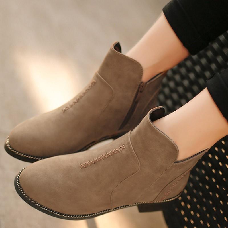 短靴女 中跟英倫馬丁靴女士靴子粗跟套筒及裸靴絨面單靴懶人鞋